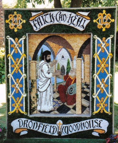 Dronfield Woodhouse 2002 - Main Well Dressing