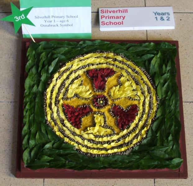 Silverhill Primary School Years 1 & 2 Well Dressing (2)