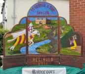 Reginald Well Dressing