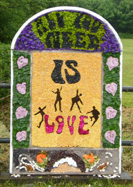 Brackenfield 2010 - Wessington School Well Dressing