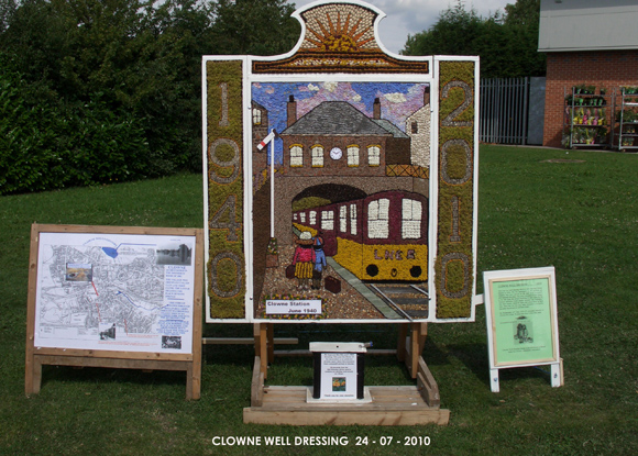 Clowne 2010 - Mill Green Way Well Dressing