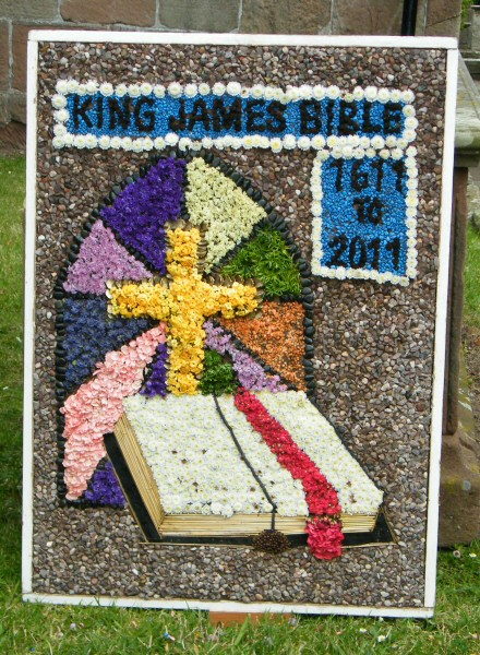 Mickle Trafford 2011 - St Peter's Church Well Dressing