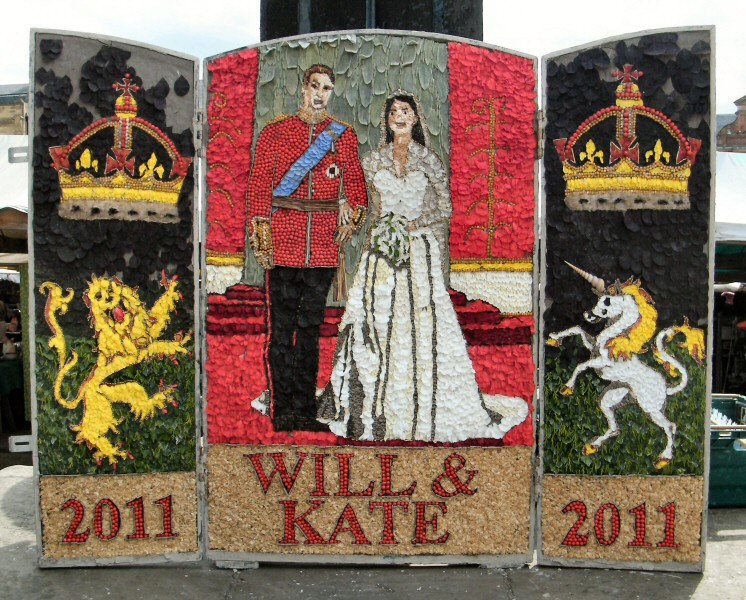 Chesterfield 2011 - Market Place Well Dressing