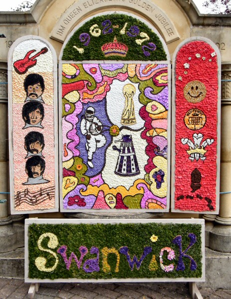 Swanwick 2012 - Main Well Dressing