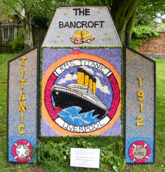 Etwall 2012 - Bancroft Belles Well Dressing