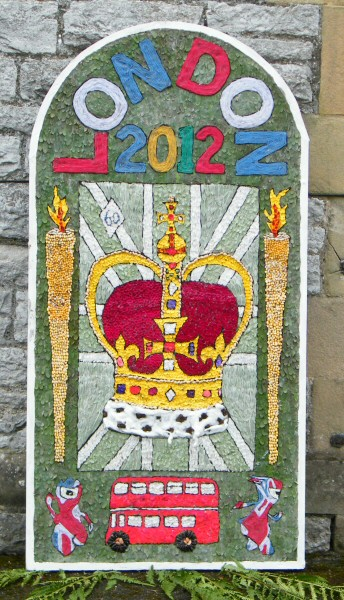 Youlgrave 2012 - School Well Dressing