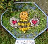 Sunshine Nursery Well Dressing