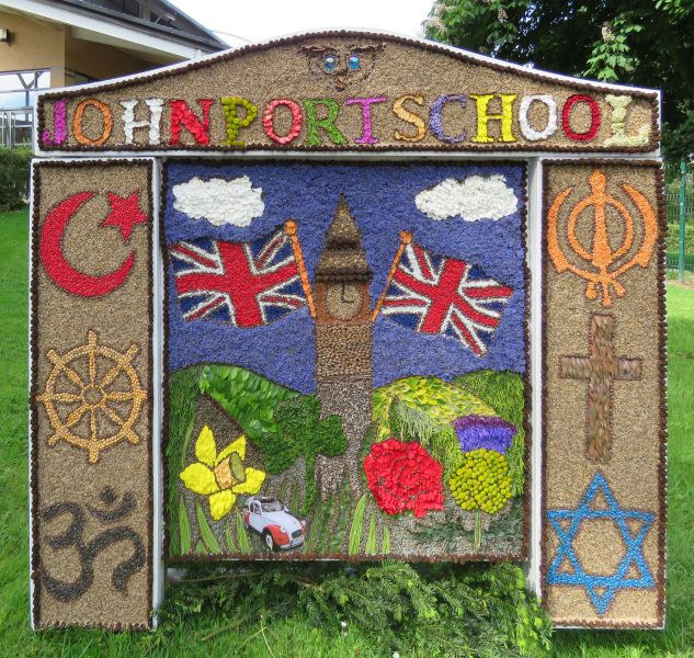 Etwall 2017 - John Port School Well Dressing