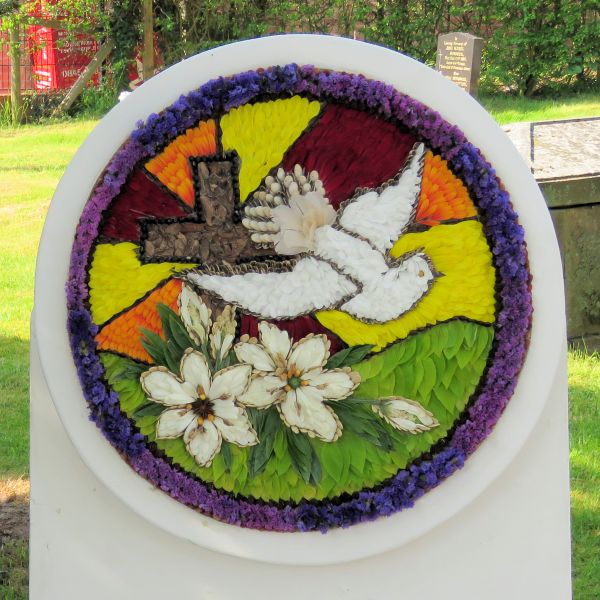 Newborough 2018 - Memorial Well Dressing (1)