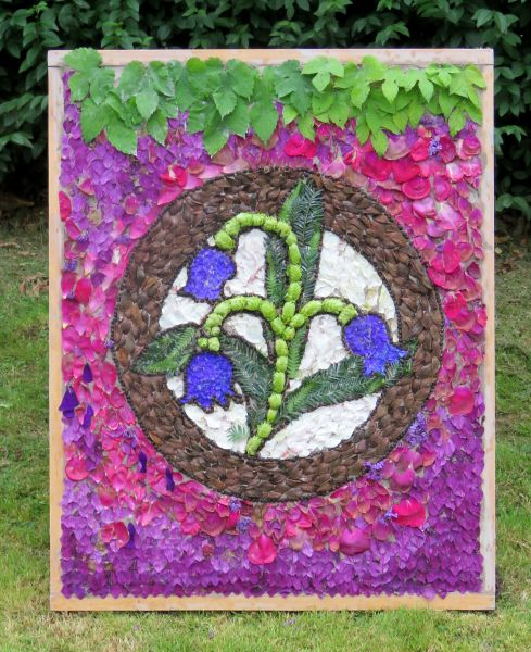 Chesterfield 2018 - Spital Cemetery Well Dressing