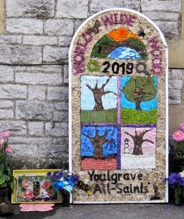 Youlgrave 2019 - School Well Dressing