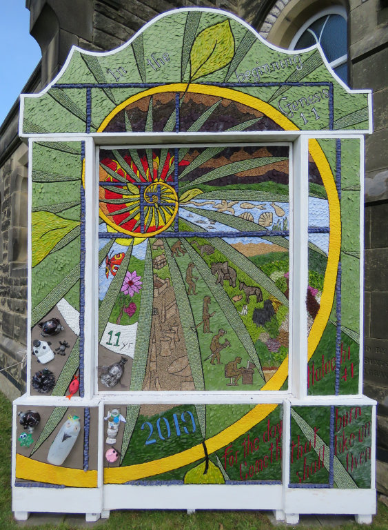 Youlgrave 2019 - Coldwell End Well Dressing