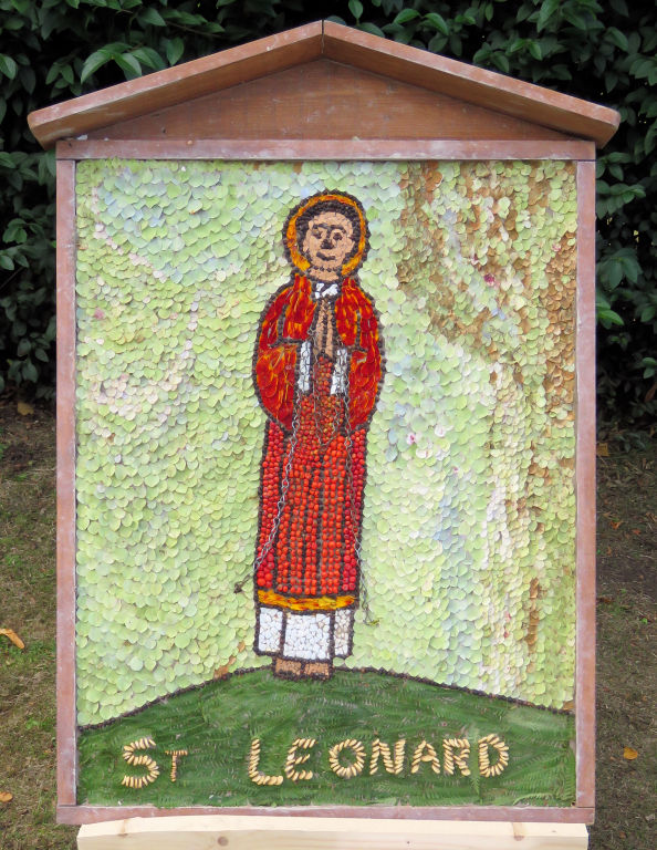 Chesterfield 2020 - Spital Cemetery Well Dressing